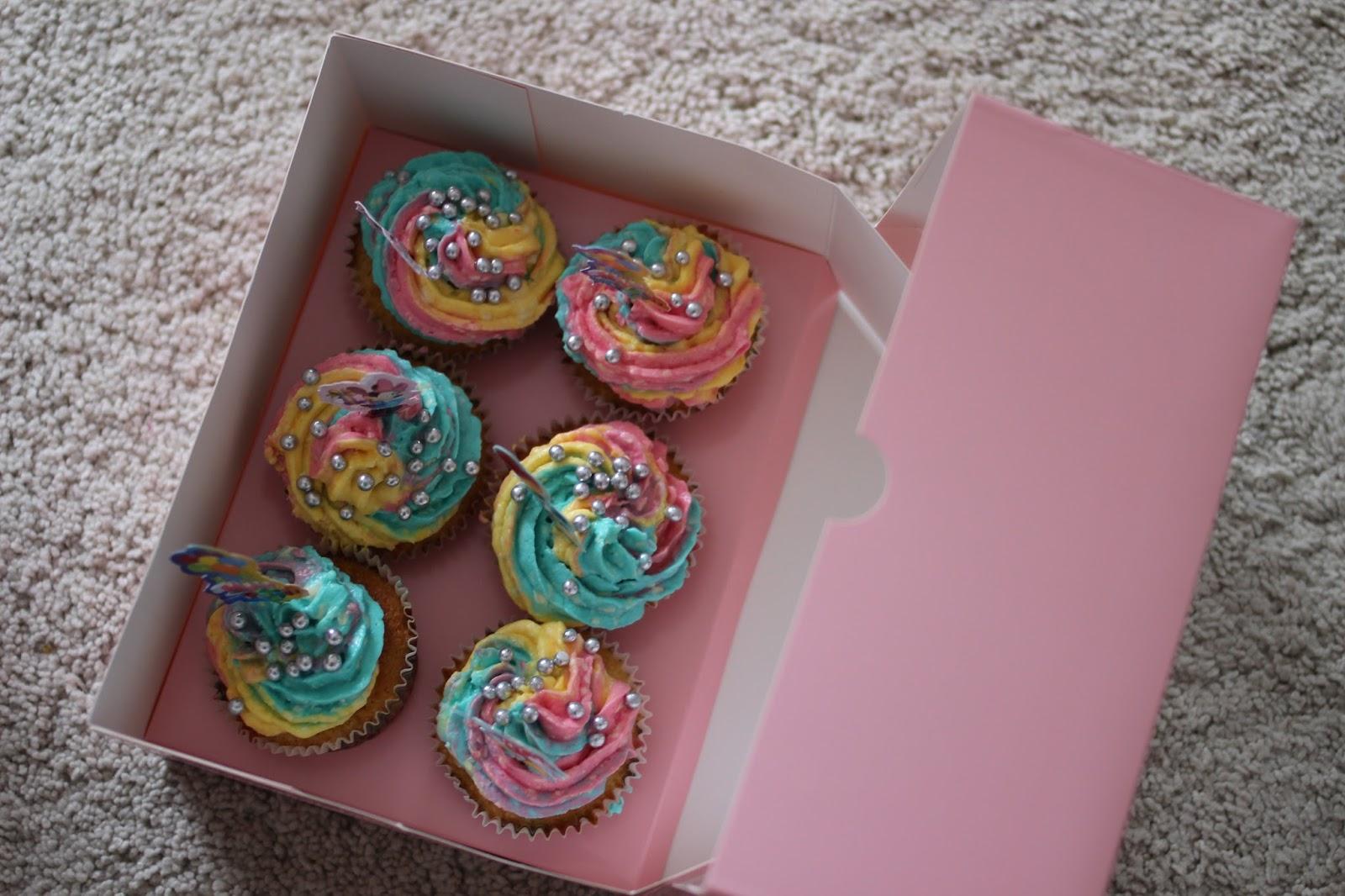 Großzügig Geburtstag Cupcake Färbung Seite Zeitgenössisch ...