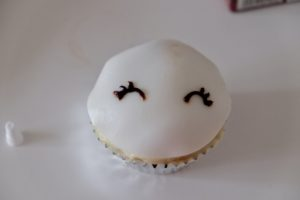 Einhorn Muffin 76
