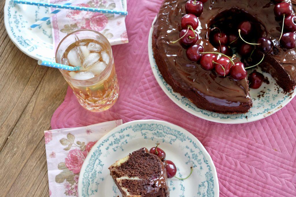 Saftiger Schokoladenkuchen Mit Kirschen Judys Schokoladenseite